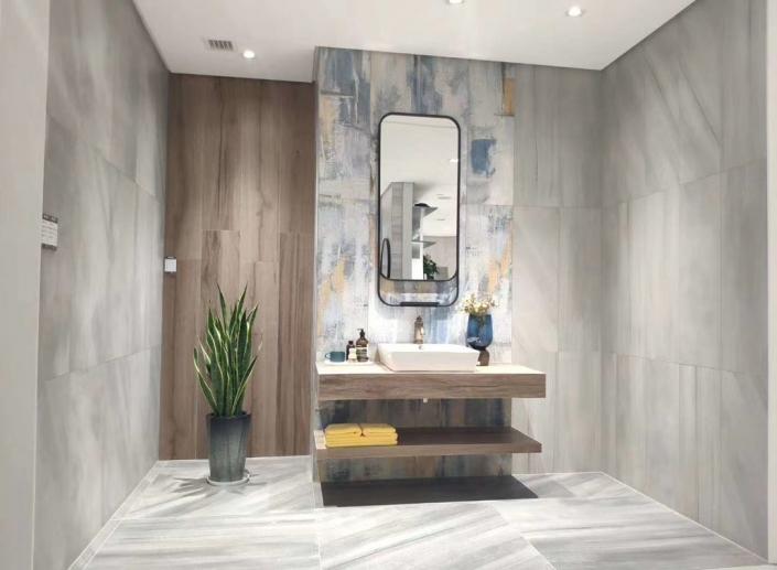 bathroom advertising