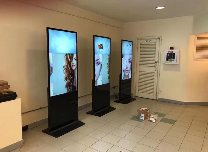 lcd tv kiosk