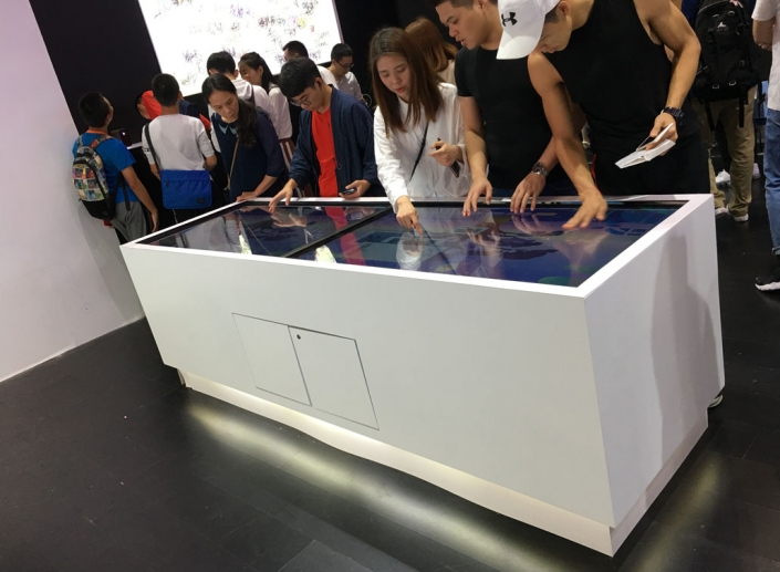 touch screen bar table
